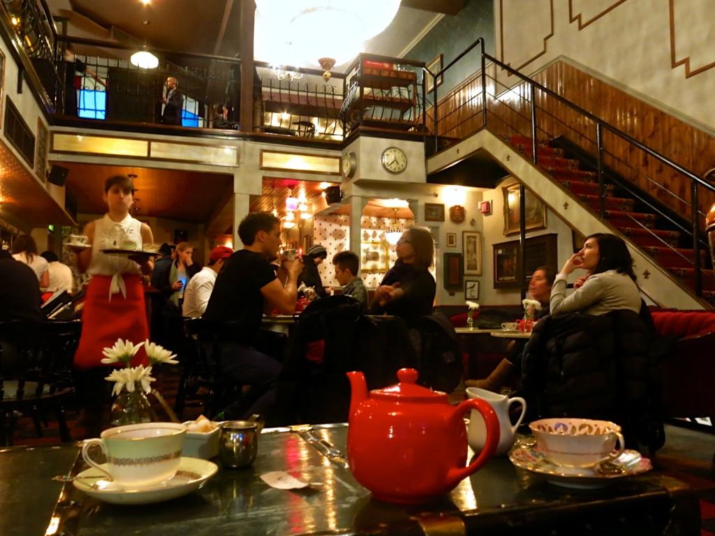 cardinal tearoom montreal salon de thé sparrow